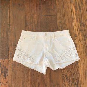Nwot white Joe's lace denim short 26